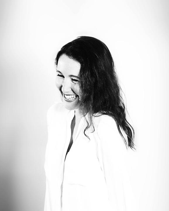 Melissa Van Houtte, Client Service Director Initiative, webinar, spreker